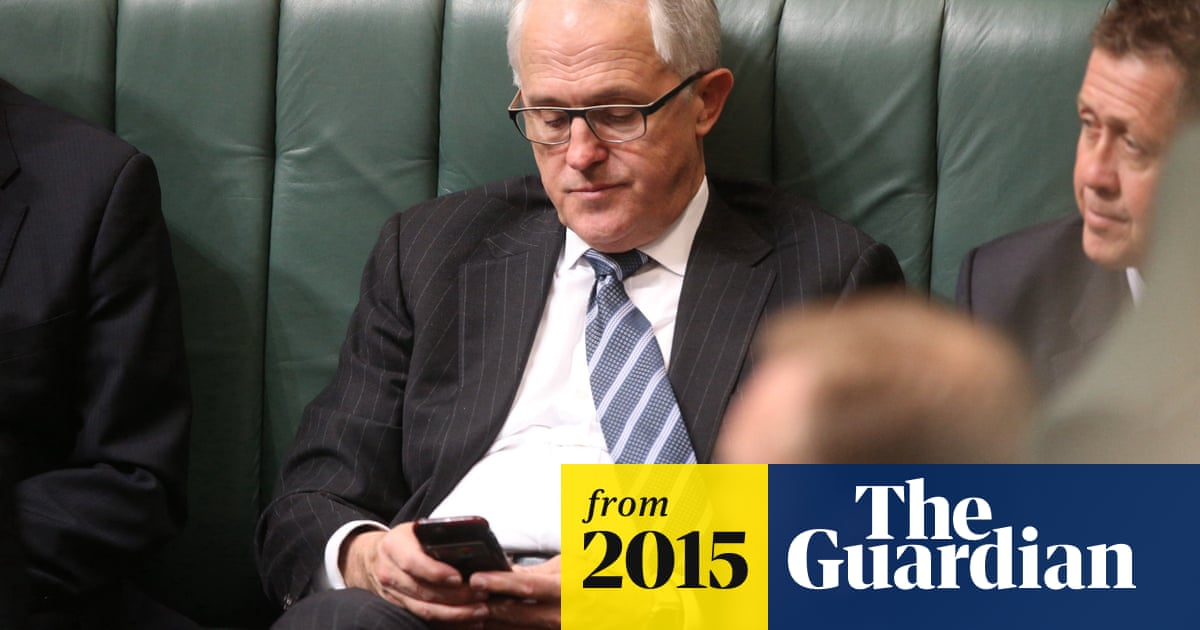 Malcolm Turnbull defends use of secret messaging apps and