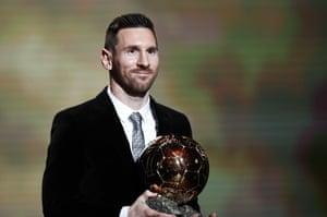 Lionel Messi wins the Men's 2019 Ballon d'Or!