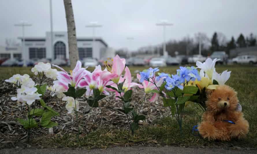 Kalamazoo Michigan shooting victims Kia Cracker Barrell