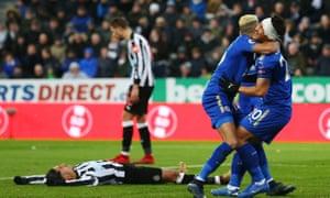 Shinji Okazaki and Riyad Mahrez celebrate as Ayoze Pérez reacts to his late own goal.