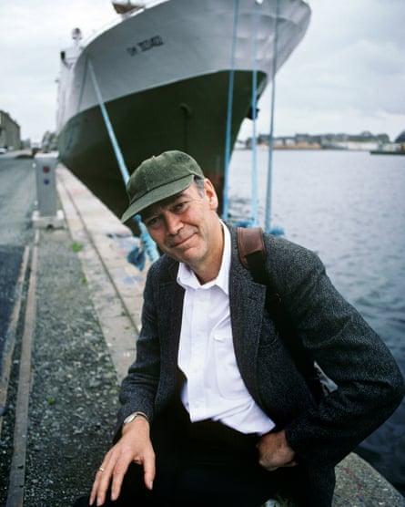 Jonathan Raban in 1994.