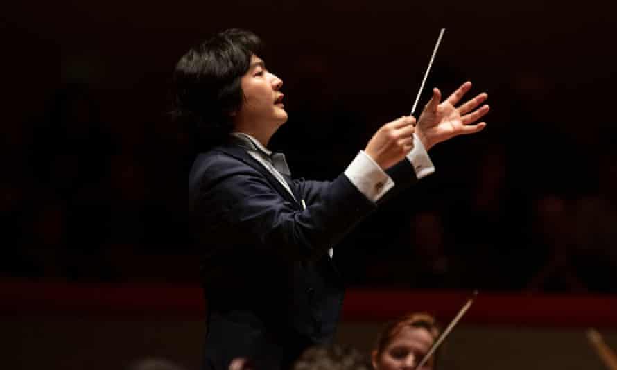 Kazuki Yamada conducting the City of Birmingham Symphony Orchestra.