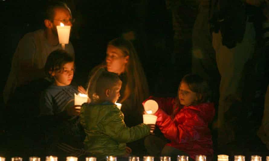 Candle Light Vigil For Umpqua Community College