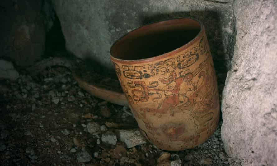 A painted pot discovered by archaeologist Francisco Estrada-Belli at Holmul, northern Guatemala.