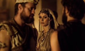 Bella Dayne as Helen, centre, with Menelaus (Jonas Armstrong), left, and Louis Hunter as Paris, in Troy Fall of a CIty