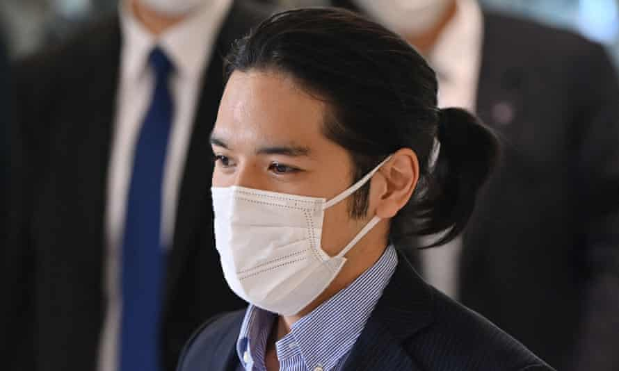 Kei Komuro has been criticised in the press for his ponytail.
