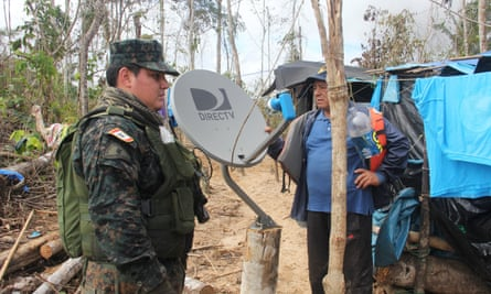 Security forces raid an illegal mining camp in the Tambopata National Reserve in April 2016, but environmental activist Victor Zambrano questions such initiatives.