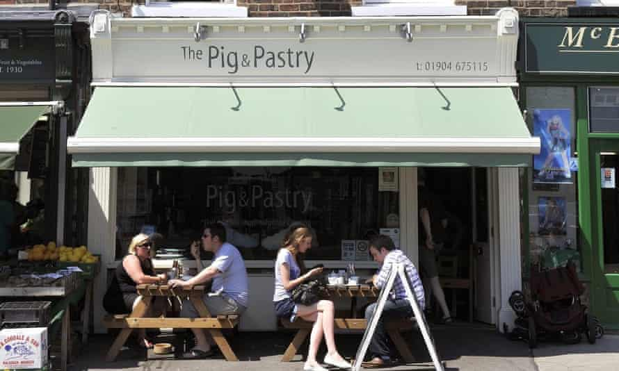 The Pig and the York Pastry