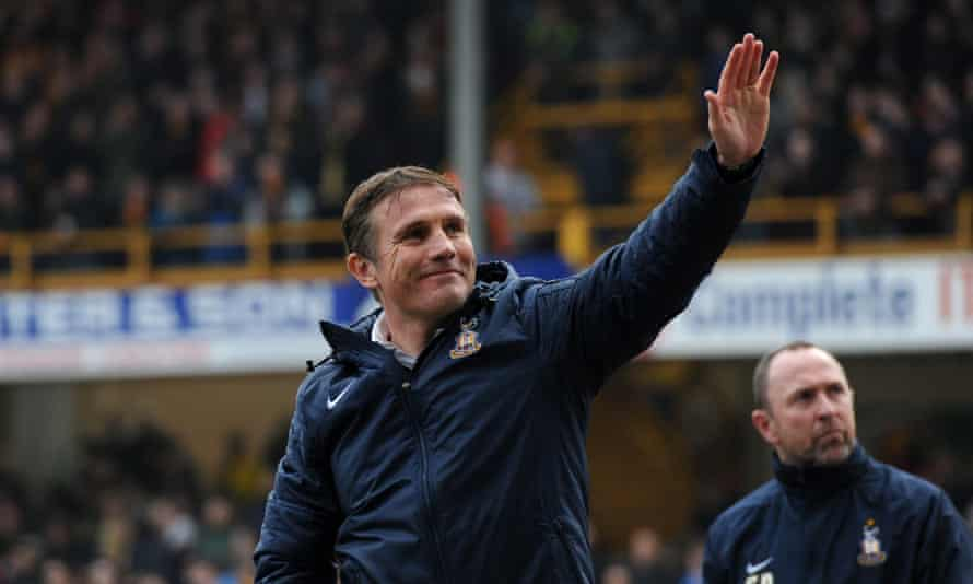 Phil Parkinson has left Bradford City to become the new manager of Bolton Wanderers.