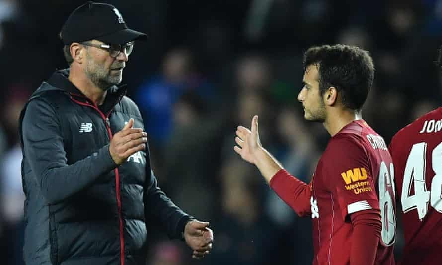 Liverpool manager Jürgen Klopp with Pedro Chirivella after the win at MK Dons