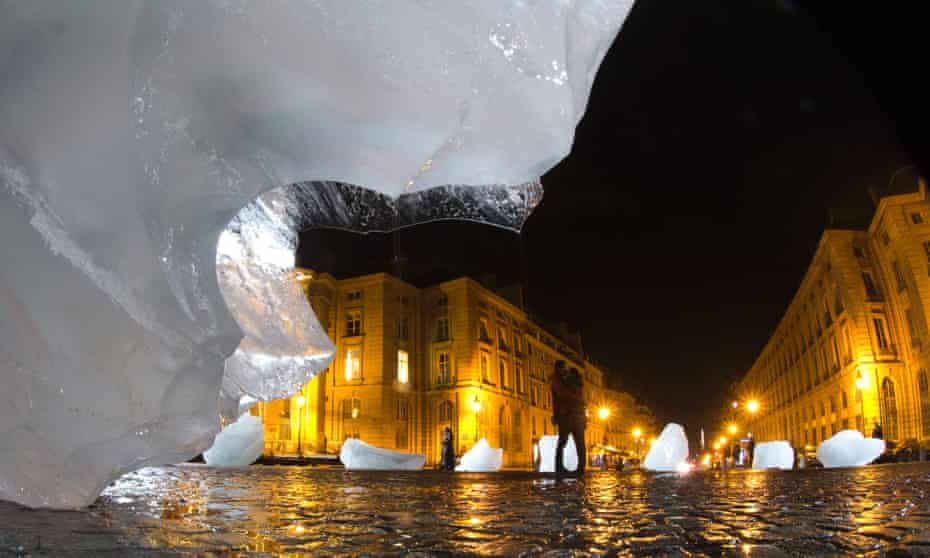 An art installation made with parts of Greenland's ice cap in Paris at COP21 by Olafur Eliasson.