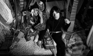 Anita Pallenberg as Pherber and Mick Jagger as Turner in Performance.