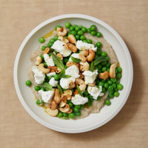 Nieves Barragán Mohacho's tapa of peas, jerusalem artichoke, goat's cheese and cashews.