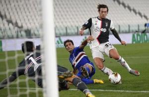 Federico Bernardeschi scores Juve's second to end his long goalscoring drought.