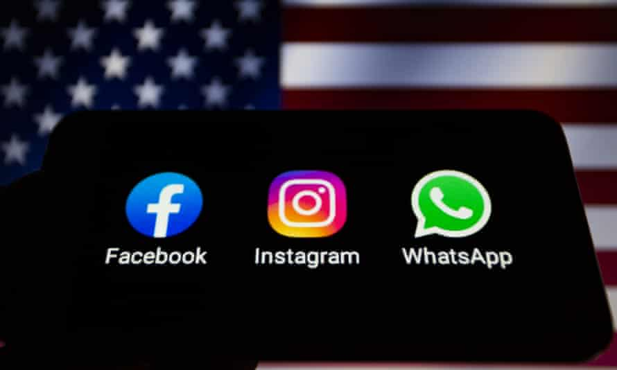 Apps Icons of Facebook, Instagram and WhatsApp on Smartphone