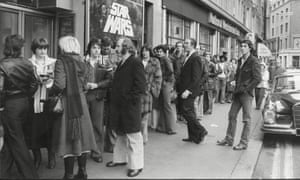 people 'queuing around the block' to see Star Wars