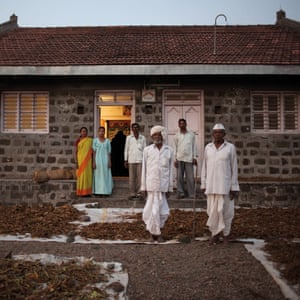 Nipani, India. The Apparamadhange family – owner of 2 hectares (5 acres) of tobacco-growing land –drying their yearly production