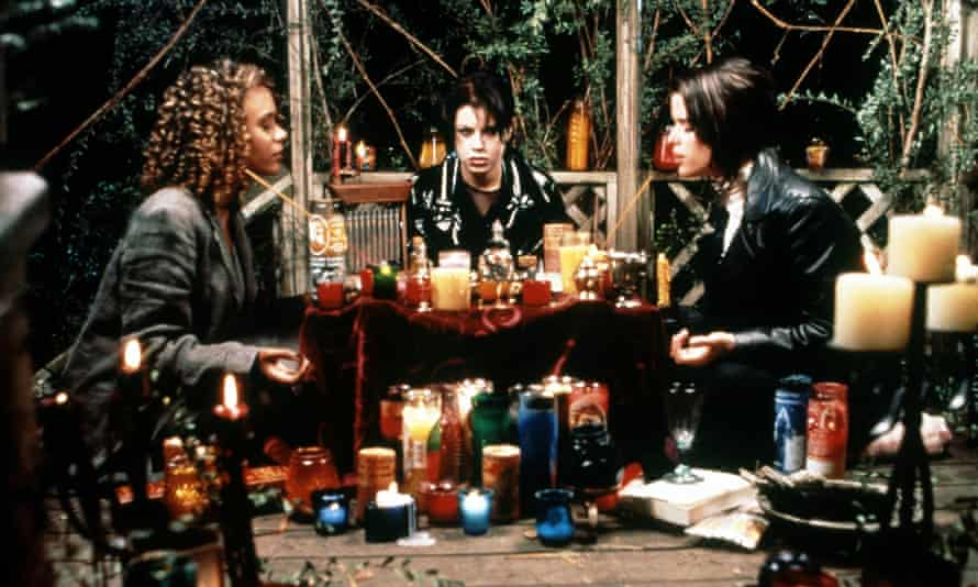 Mall goth witches: Rachel True, Fairuza Balk and Neve Campbell in The Craft