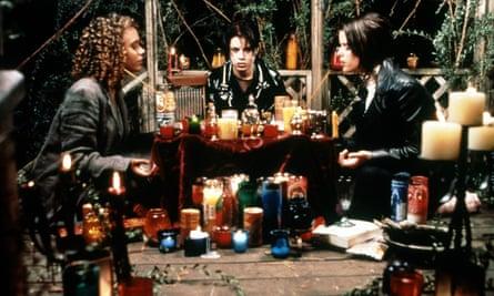 Rachel True, Fairuza Balk & Neve Campbell in The Craft.