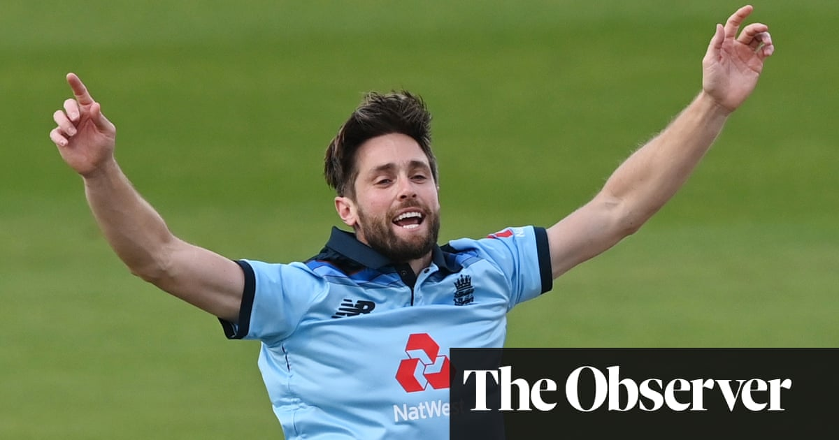 Chris Woakes returns to England's T20 squad after five-year absence