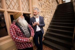 Director of the South Australian Museum, John Carty talking with Ngarrindjeri man Major Sumner (mogi).