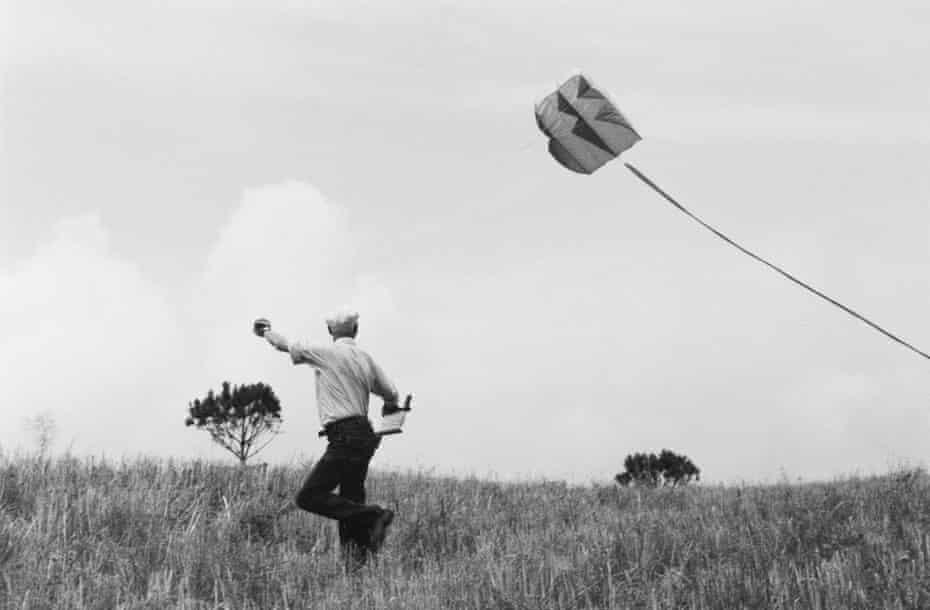 Henri Cartier-Bresson Flies a Kite, Provence, 1987.