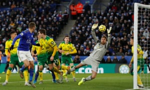 Leicester draw level after Norwich's Tim Krul scores an own goal from a header by Jamie Vardy.