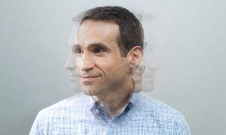 Head shot of Nir Eyal, author of Indistractable, a book on how to avoid being distracted by technology. New York, August 2019
