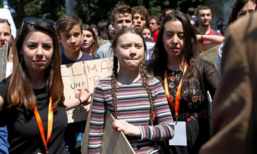 Greta Thunberg joins Italian students to demand action on climate change in Rome