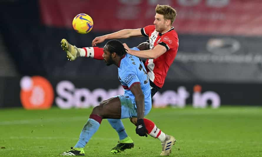 Stuart Armstrong stretches to take possession from West Ham's Michail Antonio in the 0-0 draw on Tuesday.