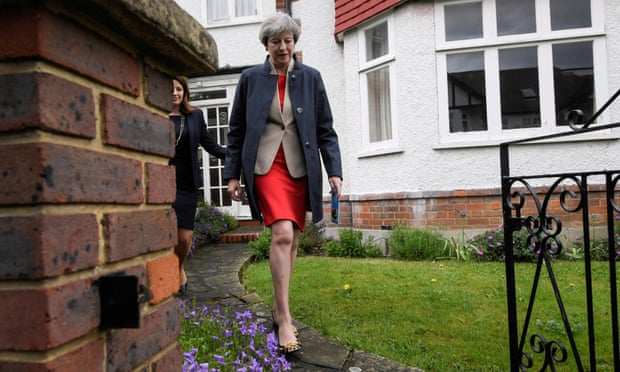 theguardian.com - Claire Phipps - General election 2017: May tries to shift focus to Brexit amid social care fallout - politics live