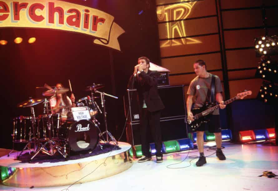Dylan Lewis, centre, performs with Silverchair