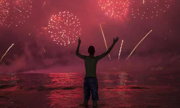 New Year S Eve 2019 Celebrations Around The World As It Happened World News The Guardian