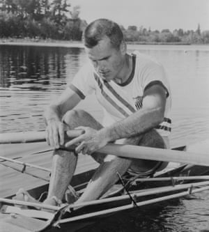 An American rower
