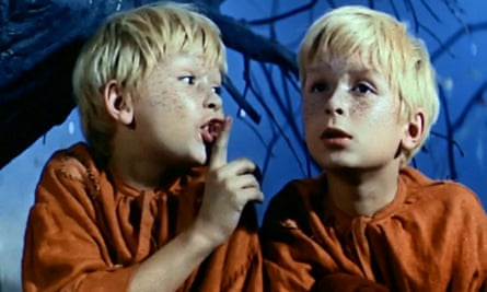 Lech and Jarosław Kaczyński in the The Two Who Stole the Moon in 1962.