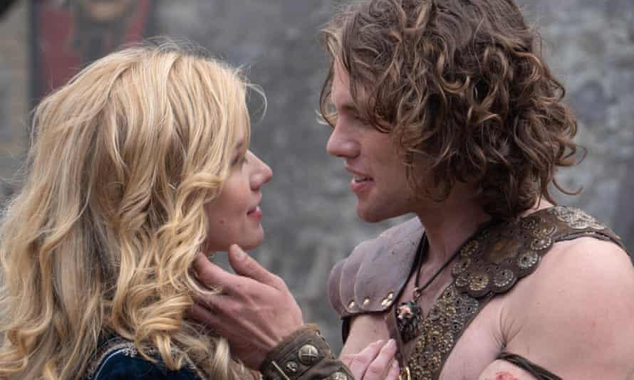 Finley (Rose Reid) meets Beckett (Jedidiah Goodacre) in Finding You.