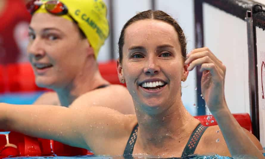 Emma McKeon and Cate Campbell celebrate