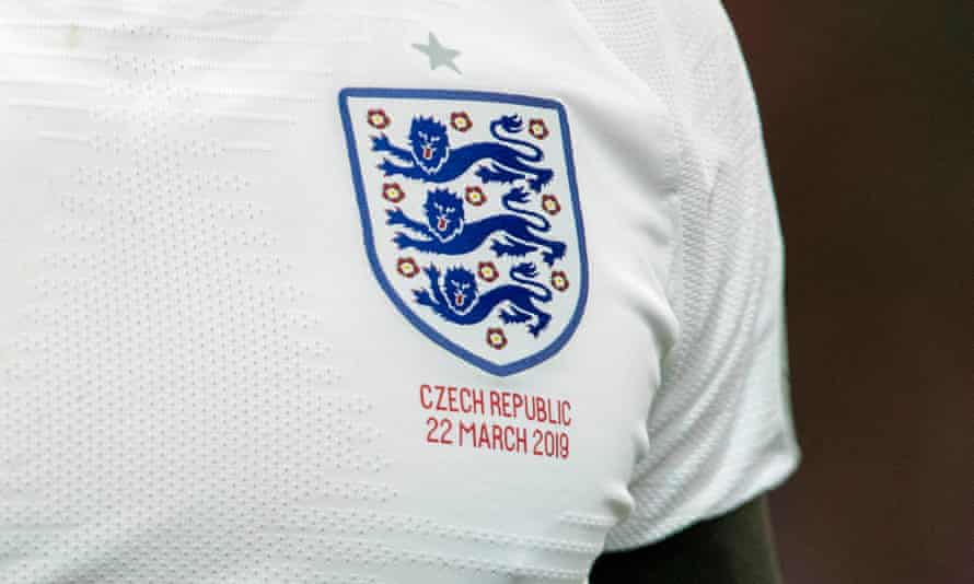 The FA crest displayed on an England shirt.
