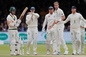 England captain Joe Root calls for a review after Stuart Broad's delivery strikes the pad of Australia's Travis Head.