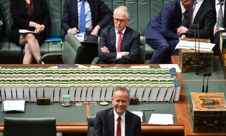 There has been a three-point improvement in the Labor leader's approval ratings.