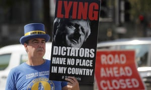 The pro EU protester Steve Bray outside parliament today.