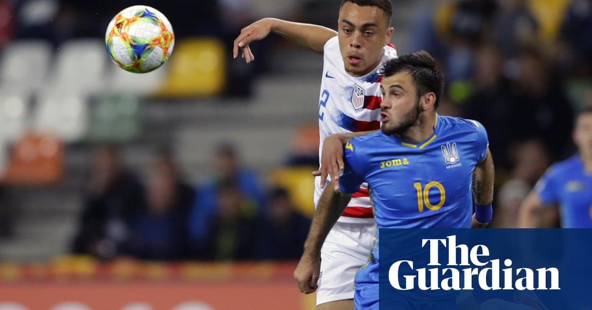 Ajax defender Sergiño Dest chooses to play for USA over Netherlands