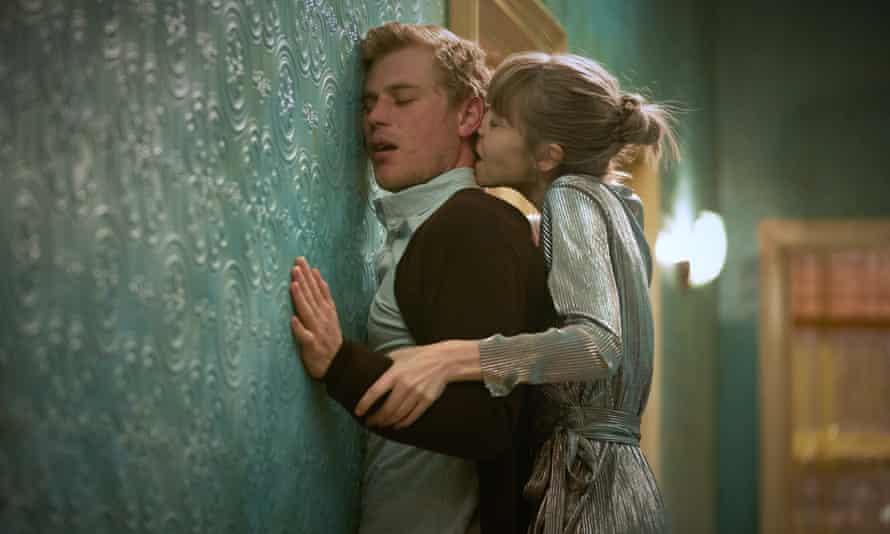 Flynn with Antonia Campbell-Hughes in Cordelia.