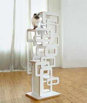 Cat's cradle: Retro, Oliver Kriege for Wohnblock.