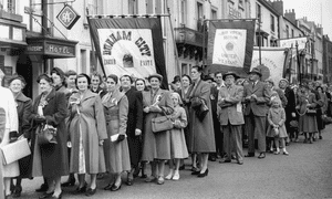 Participants in a Durham women's gala in the 1950s