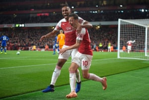 The treatment of Pierre-Emerick Aubameyang, left, and Mesut Özil has shown that Unai Emery is not afraid to take on big-name players.