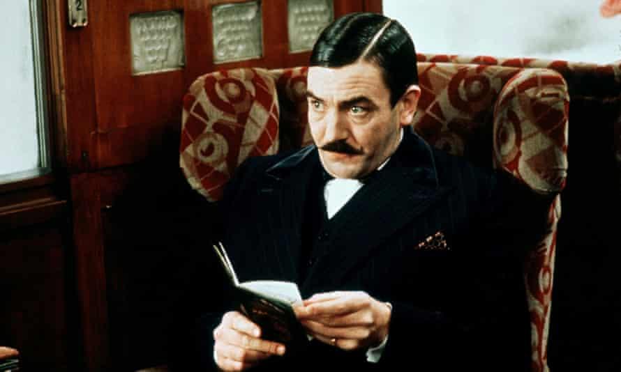 Finney as Poirot in Murder on the Orient Express (Sidney Lumet, 1974).