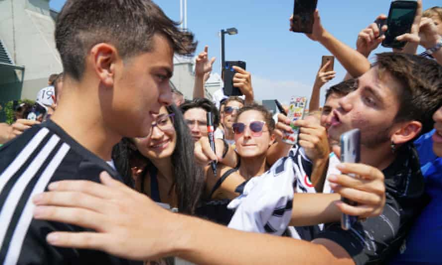 Paulo Dybala meets Juventus fans this week as he returned to the club after his summer break.