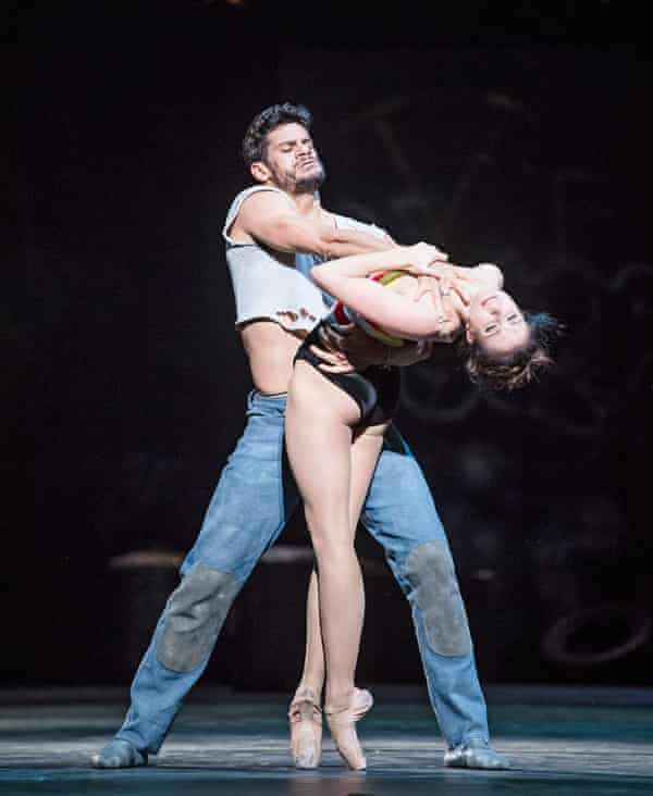 Thiago Shares and Lauren Cuthbertson in The Judas Tree.