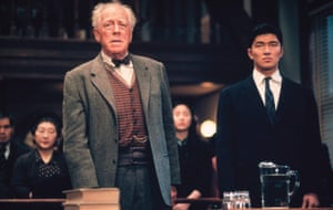 Max von Sydow and  Rick Yune in Snow Falling on Cedars, 1999